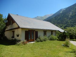 Maison individuelle en Oisans : Les Vernes - Le Bourg-d'Oisans vacation rentals