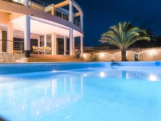 Bed & Breakfast Pani - Empuriabrava vacation rentals