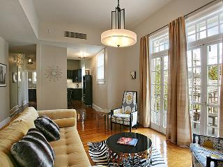 Garden District Luxury, Steps to St. Charles - New Orleans vacation rentals