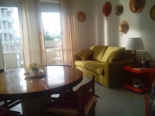 Delizioso appartamento a Portoverde con vista mare - Misano Adriatico vacation rentals
