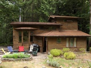 Charming Salt Spring Cabin - Salt Spring Island vacation rentals