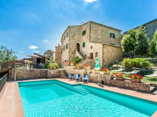 Vacation Rentals at Nightingale's Villa, Tuscany - Castiglion Fiorentino vacation rentals