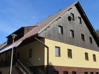 Apartmán Cardovi - Dolni Morava vacation rentals