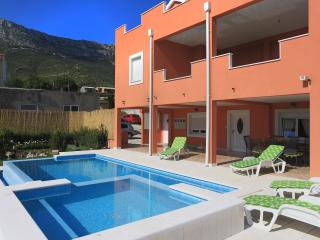 Luxury apartment with 3 bedrooms and private pool - Kastel Sucurac vacation rentals