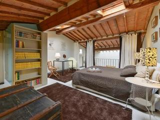 Bright, Modern Apartment Rentals in Florence - Florence vacation rentals