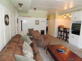 Seasons 4 - 2 Brm - 2 Bath , #135 - Mammoth Lakes vacation rentals