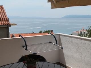 Viola Apartmetns - Tucepi vacation rentals