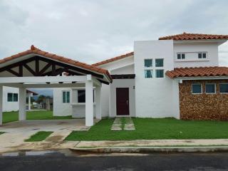 BEACH HOUSE FOR RENT - Gorgona vacation rentals