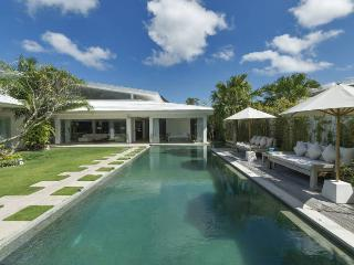 Berawa Beach Bali Modern Luxurious 4 Bedroom Villa - Canggu vacation rentals