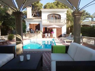 VILLA PORTO - Manacor vacation rentals