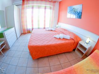 Turista Siciliano Solemare 2 posti - Marina di Ragusa vacation rentals
