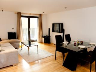 Luxury Regent's Park Euston 2 Bedroom 2 Bathroom - London vacation rentals