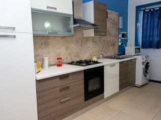 Studio flat in qawra (Z) - Saint Paul's Bay vacation rentals