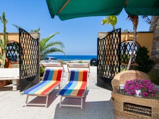 LOFT SUL MARE - Balestrate vacation rentals