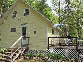 THE BAXTER | JEFFERSON MAINE | DAMARISCOTTA LAKE | LAKE SIDE | OPEN DECK | INCREDIBLE VIEWS - Boothbay vacation rentals