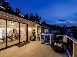 Hollywood Skyview Retreat - Piedra vacation rentals