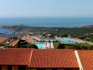 Apartment Victor with seaview Paduledda - Isola Rossa vacation rentals