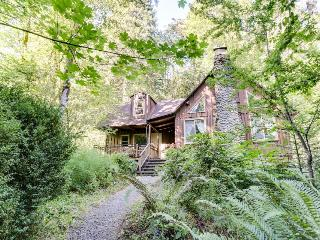 Stream-side home along the Barlow Trail! - Rhododendron vacation rentals