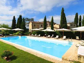 Villa Gaia, Sleeps 31 - Colle di Val d'Elsa vacation rentals