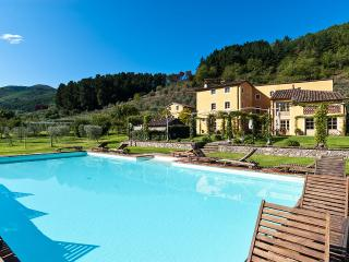 Casa Del Fattore, Sleeps 7 - Capannori vacation rentals