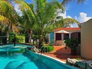 L Embellie Beach Villa and Cottage, Sleeps 2 - Forest Bay vacation rentals