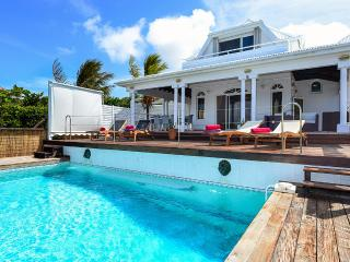 Blue Horizon, Sleeps 6 - Camaruche vacation rentals