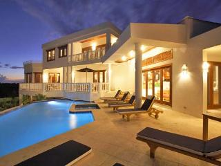 Sheriva Estate, Sleeps 50 - West End vacation rentals