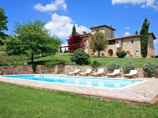 Villa Il Cerretaccio, Sleeps 16 - Pievasciata vacation rentals