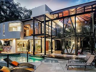 Villa Mariana, Sleeps 8 - Quepos vacation rentals