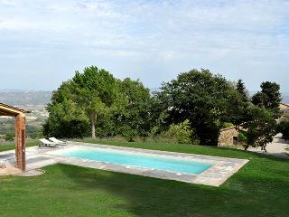 Manfredi, Sleeps 7 - Val d'Orcia vacation rentals