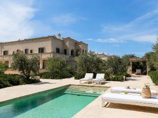 Villa Giardino Pugliese, Sleeps 6 - Savelletri vacation rentals
