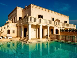 Villa Splendida, Sleeps 6 - Savelletri vacation rentals