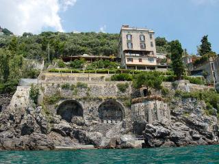 Le Terrazze al Mare, Sleeps 10 - Amalfi vacation rentals