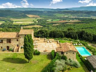 Leopolda, Sleeps 8 - Montalcino vacation rentals