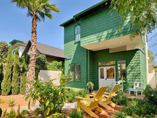 Venice Beach Retreat, Sleeps 7 - Venice Beach vacation rentals