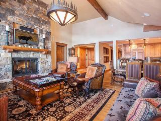 Firelight Lodge 302, Sleeps 10 - Edwards vacation rentals