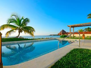 Casa Fortuna, Sleeps 12 - Akumal vacation rentals