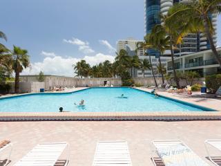 Ocean view studio - Coconut Grove vacation rentals