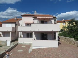 Apartment Ana 1(2532-6458) - Klimno vacation rentals