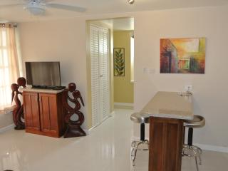 One Bedroom on the beach IV, Ocho Rios, JAMAICA - Ocho Rios vacation rentals