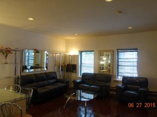 55 st east side apt - New City vacation rentals