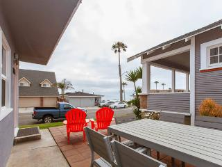 Ocean View steps to ocean . . .2bd/sleeps 6 - Oceanside vacation rentals