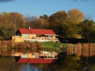 Cottage containing 2 executive suites - Peterborough vacation rentals