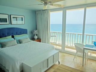 Amazing Condado Beachfront Studio Rental! San Juan - San Juan vacation rentals