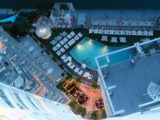 Deluxe  Luxury Bay view balcony Condos - Miami Beach vacation rentals