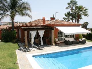 Villa near Sotogrande Costa del Sol sleeps 8 - Sotogrande vacation rentals