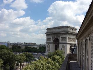 Exceptional Apartment with 2 Bedrooms in Paris - Paris vacation rentals