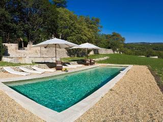 La Belle de Saumane, Sleeps 13 - L'Isle-sur-la-Sorgue vacation rentals