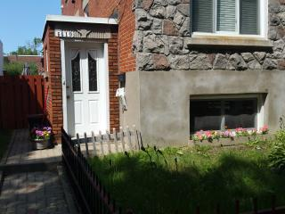1 Bedroom modern apartment, near downtown Montreal - Montreal vacation rentals