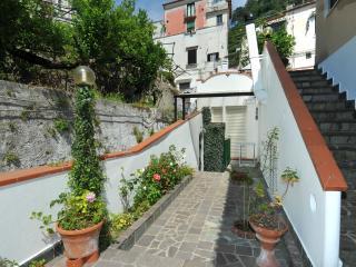 casa vacanza in costiera amalfitana - Minori vacation rentals
